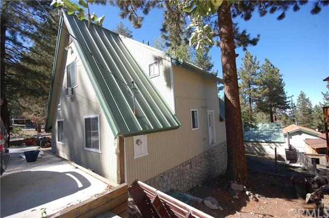 2052 Mojave Dr, Wrightwood CA 92397