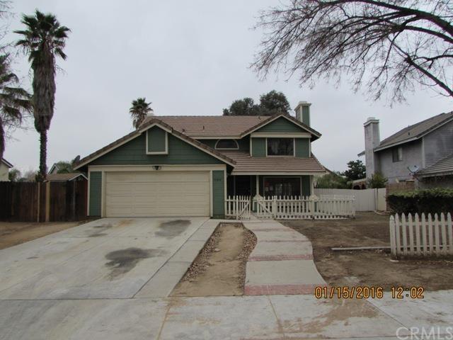 15811 Wedow Dr, Moreno Valley, CA