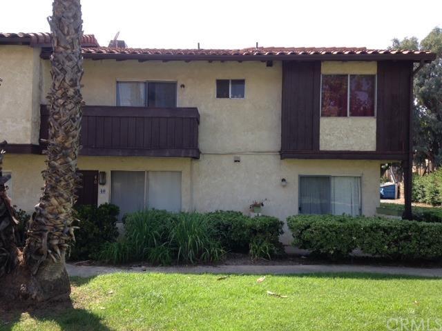 1077 Santo Antonio Dr #APT 40, Colton, CA