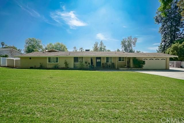 1326 Muirfield Rd, Riverside, CA