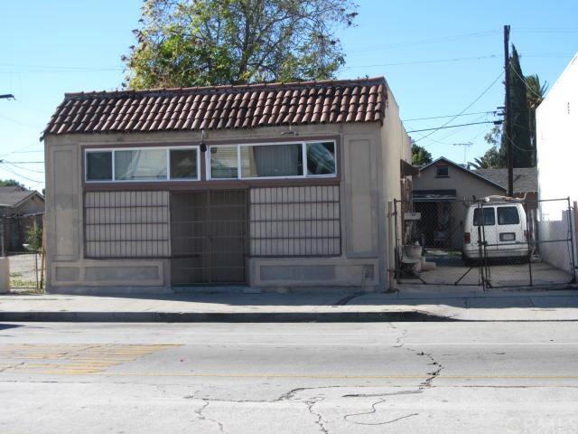 10505 S San Pedro St, Los Angeles, CA 90003