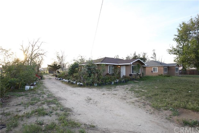 11040 Sierra Avenue, Fontana, CA 92337