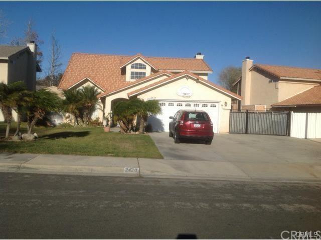 2420 W Loma Vista Dr, Rialto CA 92377