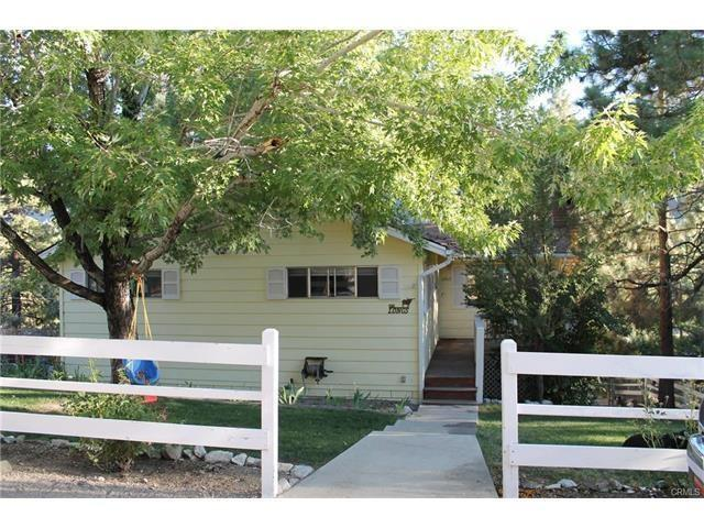 1065 Yellowstone Dr, Wrightwood CA 92397