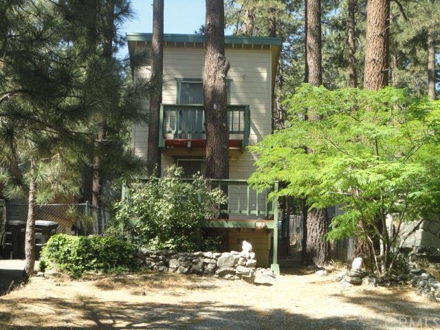 1617 Virginia St Wrightwood, CA 92397