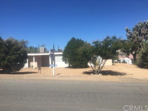 7598 Mariposa Trl, Yucca Valley, CA 92284