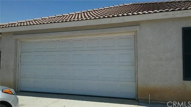 12483 Rimrock Ln, Victorville, CA 92392