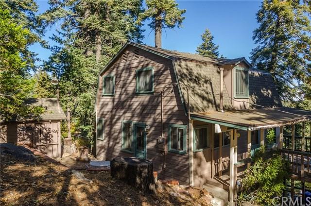 870 Lake View Ln, Twin Peaks, CA 92391