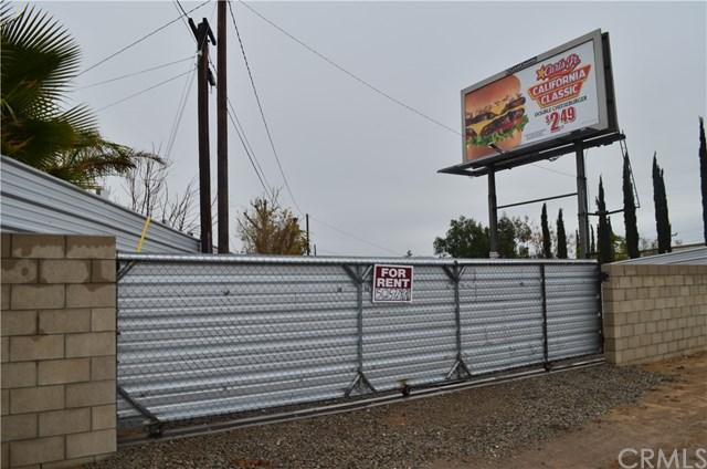 12053 Cedar Ave, Bloomington, CA 92316