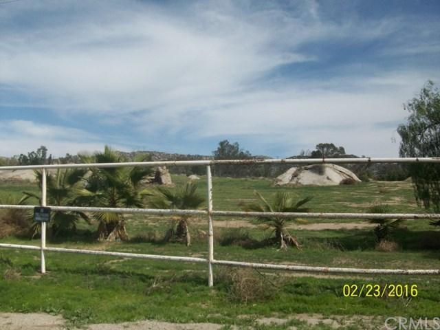 29060 Mountain Ave, Romoland, CA 92585