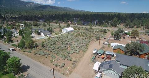 1175 Hatchery Dr, Big Bear City, CA 92314