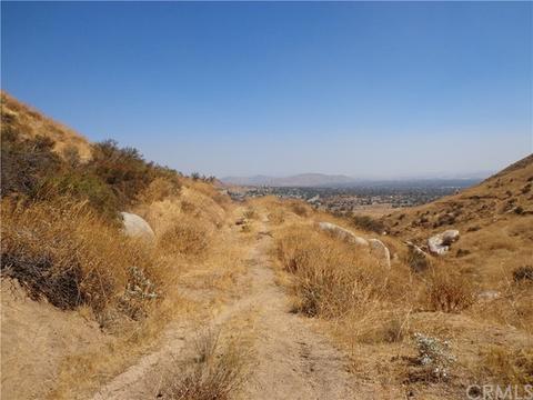 9325 Joden Rd, Moreno Valley, CA 92557