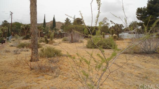 8706 Grand Ave, Yucca Valley, CA 92284