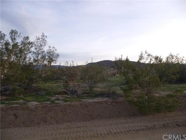 12 Sun Mesa Dr, Yucca Valley, CA 92284