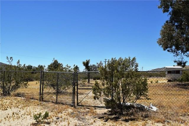 7136 Apache, Yucca Valley, CA 92284