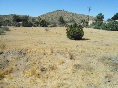 57834 El Dorado Dr, Yucca Valley, CA 92284