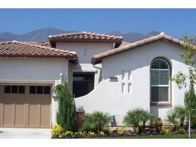 9121 Wooded Hill Dr, Corona, CA 92883