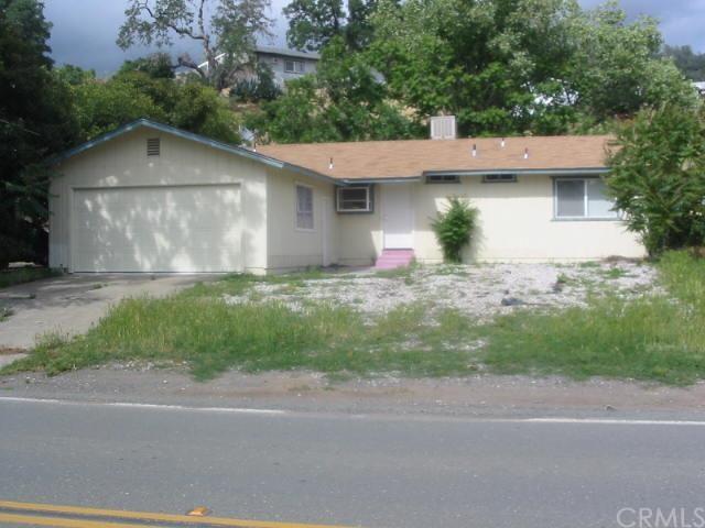 3956 Country Club Dr Lucerne, CA 95458
