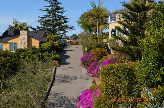 1325 Baja Avenue, Laguna Beach, CA 92651