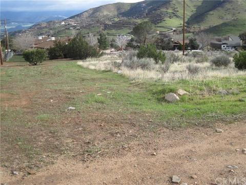 6313 Deer Dr, Lake Isabella, CA 93240