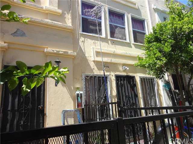 205 Columbia Place, Los Angeles, CA 90026