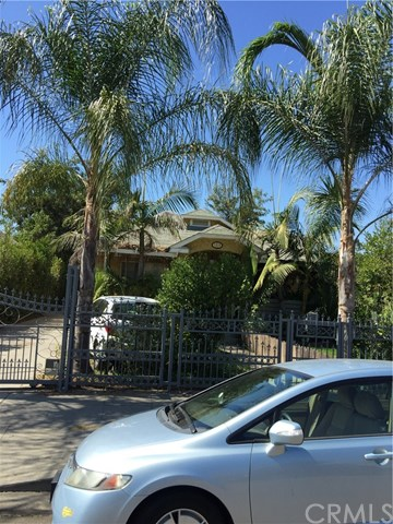 2819 8th Ave, Los Angeles, CA 90018