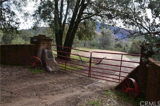 2067 Harris Road, Mariposa, CA 95338