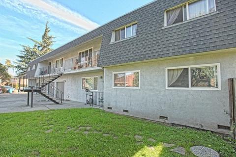 122 E Wayne Ct, Redwood City, CA 94063