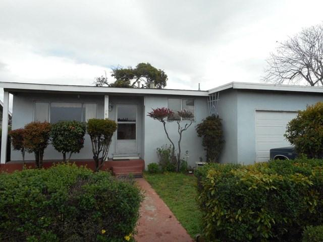 1662 Kenneth St Seaside, CA 93955