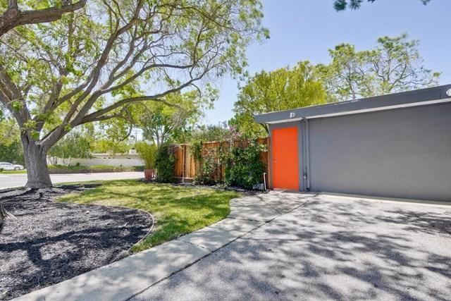 1051 Moreno Ave East Palo Alto, CA 94303