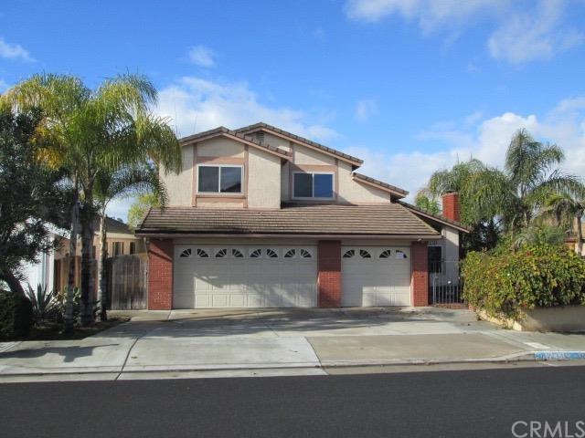 17451 Grass Cir, Huntington Beach, CA