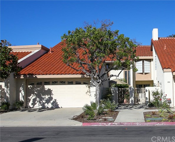 8291 Roma Dr #APT 30, Huntington Beach, CA