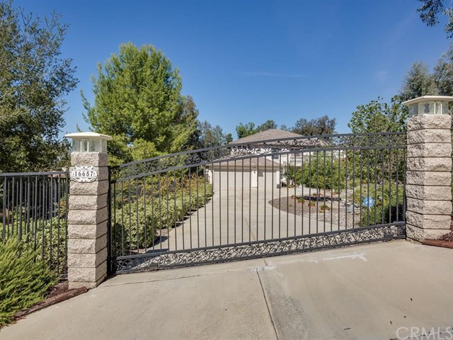 16657 Weeping Willow Dr, Riverside, CA