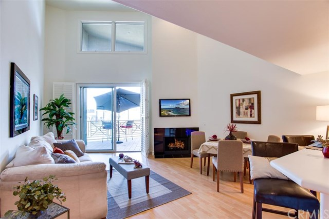 200 Pacific Coast #APT 106, Huntington Beach, CA