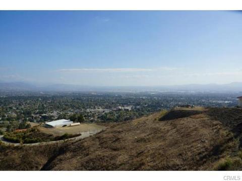 42 Ridge Line Dr, San Bernardino, CA 92407