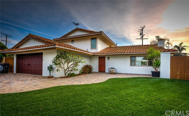 8122 Snowbird Dr, Huntington Beach, CA