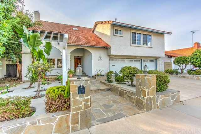 18173 Santa Adela Cir, Fountain Valley, CA