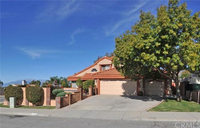 28608 Golden Oak Ln, Highland, CA