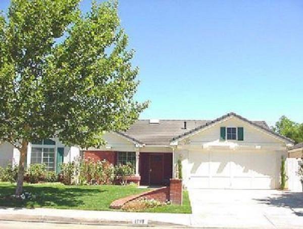 1797 W Heritage Ln, Palmdale, CA