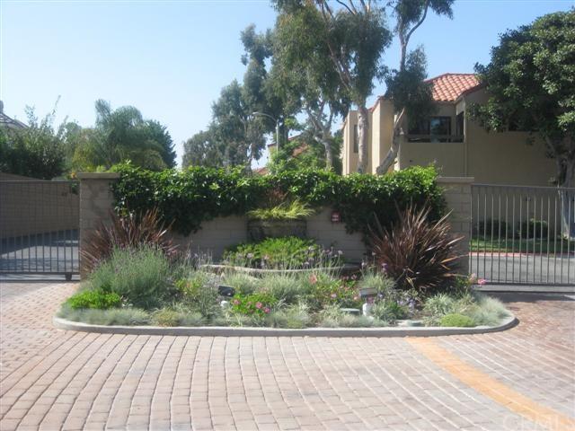 16089 Crete Ln, Huntington Beach, CA