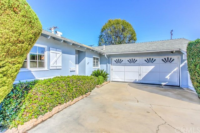8451 Friesland Dr, Huntington Beach, CA