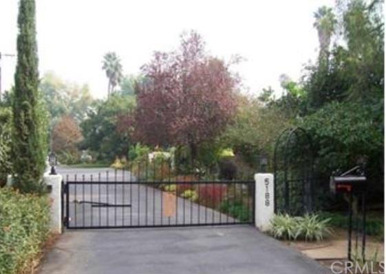 5188 Victoria Ave, Riverside, CA 92506