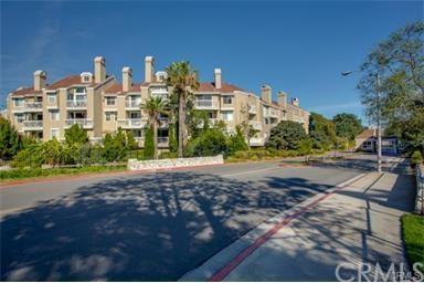 20371 Bluffside Cir #APT 302, Huntington Beach, CA