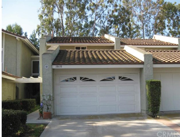 18610 Vallarta Dr, Huntington Beach, CA