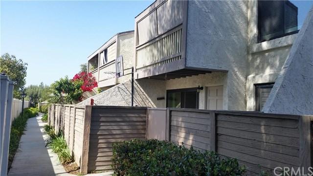 17911 Pollard Ln #APT 53, Huntington Beach, CA