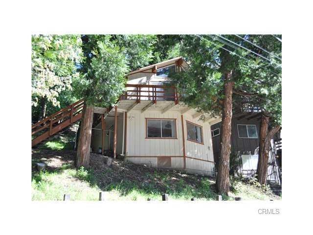 788 Community Dr, Lake Arrowhead, CA 92385