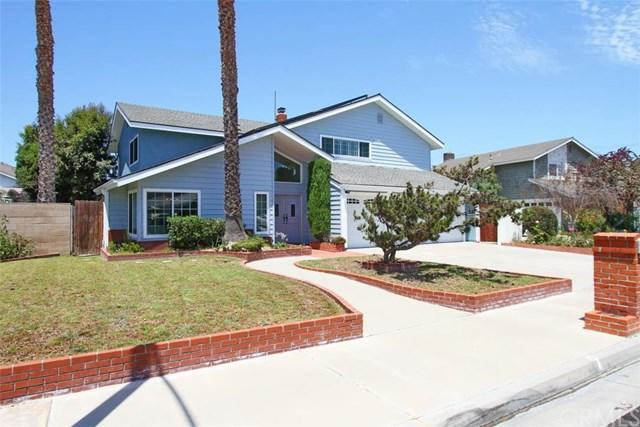 17901 Oldglen Ln, Huntington Beach, CA 92649