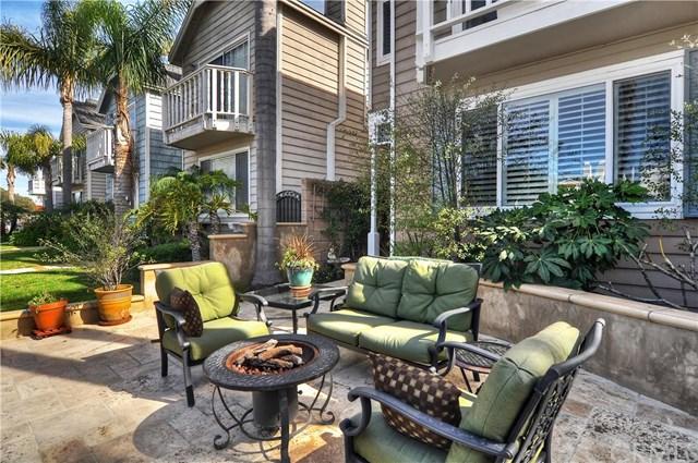320 17th Street, Huntington Beach, CA 92648