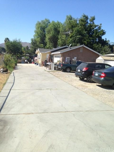 5060 Mitchell Avenue, Riverside, CA 92505