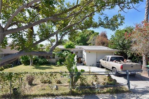 763 Center St, Costa Mesa, CA 92627